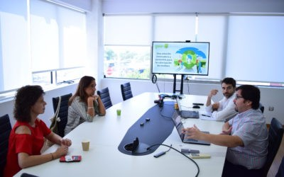 Nos visitaron dos responsables de Distrito Digital para conocer nuestra tecnología